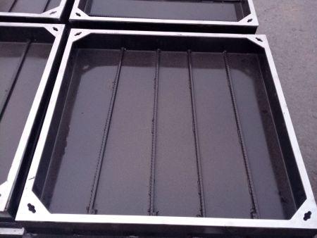 沈阳隐形井盖厂家说说不锈钢隐形井盖跟球墨铸铁井盖的区别