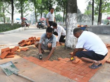 透水砖施工做法|临沂德能建材有限公司