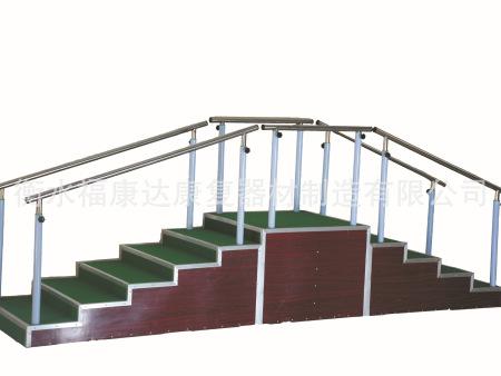 训练用扶梯(二面)