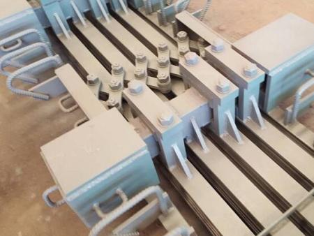 桥梁减隔震器材