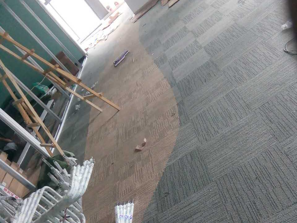 煙臺自流平水泥批發 煙臺塑膠跑道  煙臺地毯