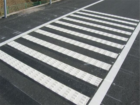 热熔型路面标线涂料性能介绍