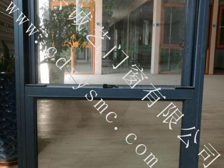 四川酒店安全窗成都家庭安全窗防坠落安全窗