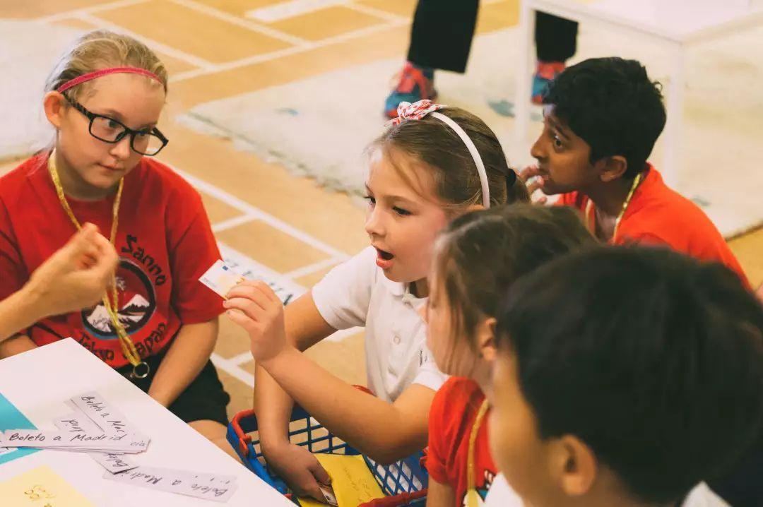 新加坡寄宿家庭_AEIS课程:让孩子进入政府中小学学习