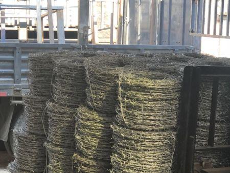 沈阳刺绳护栏网用于圈地更合适