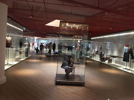 博物館展櫃常用的製作材料