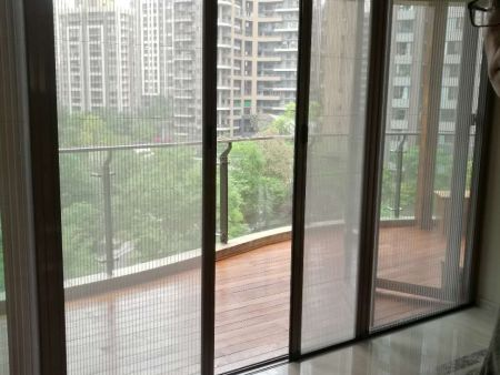 成都天府新区麓山国际无轨折叠纱窗门生产厂家安装