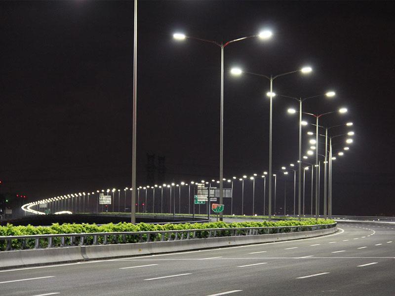 如何正确选择农村太阳能路灯?