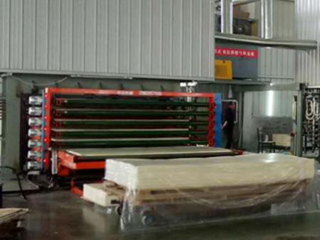 三聚氰胺双面贴纸机冬季生产操作要点