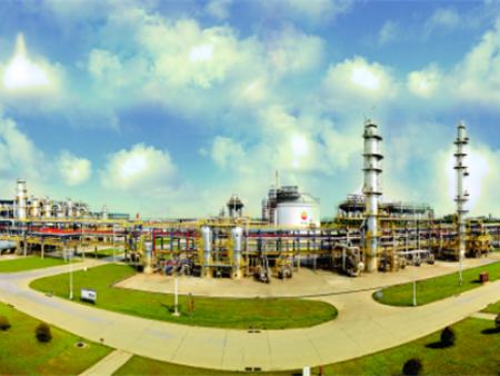 """靠进口LNG破""""气荒""""储气设施须扩容"""