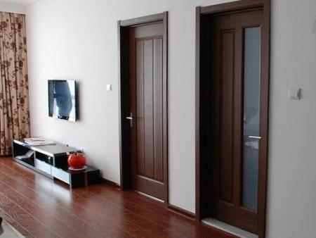哪種套裝門更適合衛生間?