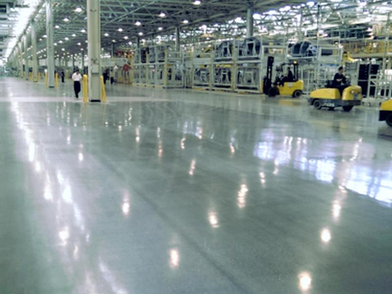 大连旧地坪翻新做混凝土密封固化剂地坪,能给企业带来哪些好处?
