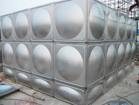 漳州不銹鋼水箱安裝案例