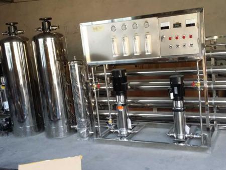 纯净水设备的运用维护要求