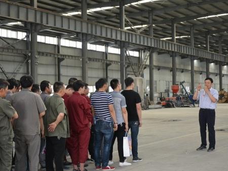 宇龙集团:组织技能竞赛 展示电工风采