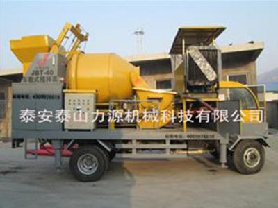 混凝土搅拌拖泵维修漏水漏油的问题