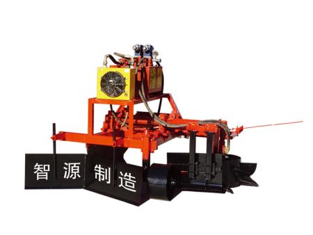 3PQ-90型葡萄藤智能除土机