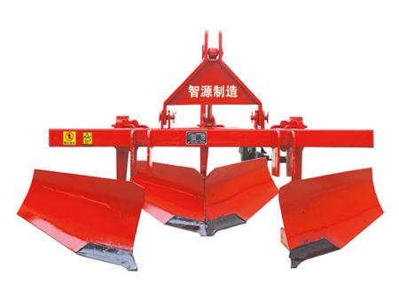 3PMT-130型葡萄埋藤机