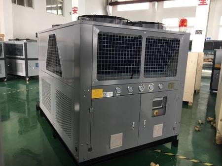低温型风冷式雷火电竞平台登录组《-25度盐水冷冻机》