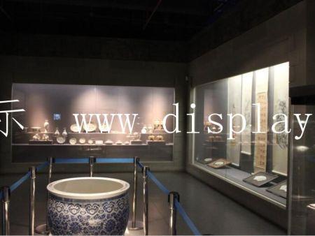 深圳隆城博物馆展柜厂家解读不同文物对博物馆展柜要求