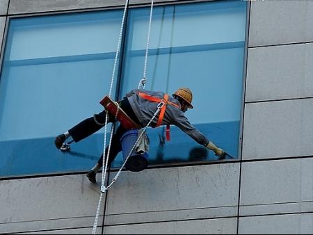 高空玻璃清洗?
