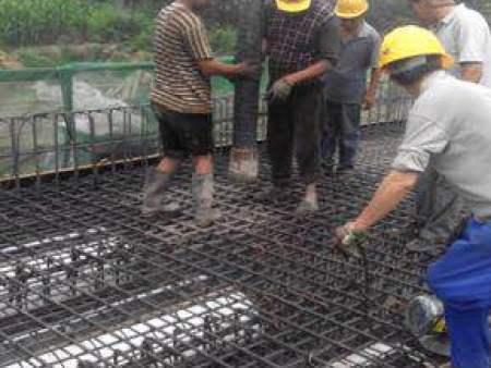 先张法预应力空心板桥梁施工程序