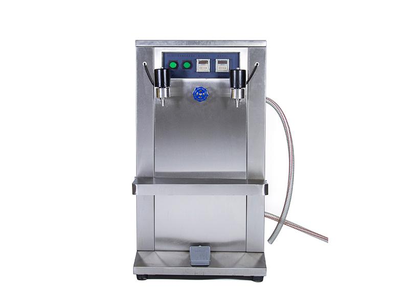 W10電動自吸灌裝機