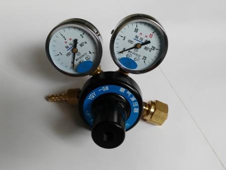 氧气减压器
