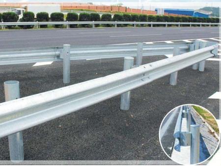 高速公路防撞栏