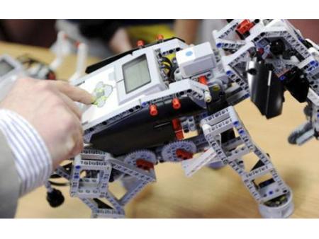 挑战套装机器人