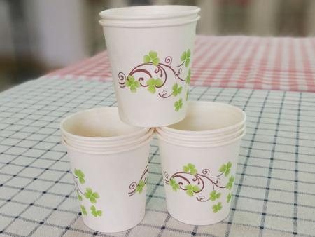 细节!一次性纸杯还分为冷饮杯和热饮杯