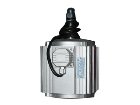 四滑槽8极550瓦风机电机