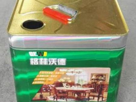家具漆固化剂合成机理和步骤