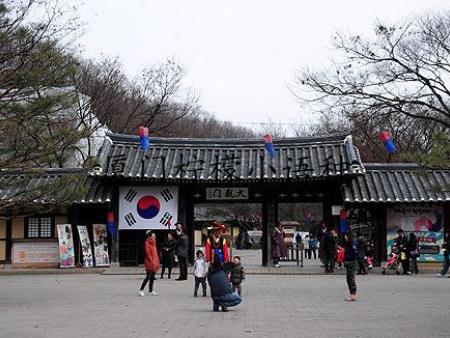 """韩语中语表达""""强调""""意思的语法"""