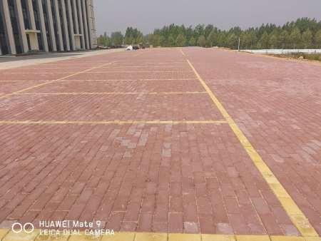 城市道路比较实用得路面砖
