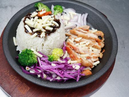 錦康黑椒芝士鐵板雞排飯