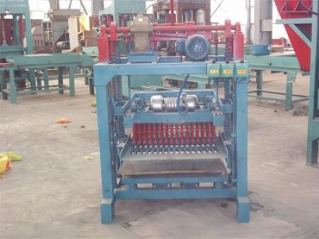 固定式砌块砖机4-2B型
