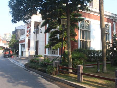 世锦园3幢别墅,900M?,地源热泵空调地暖系统铝木门窗系统