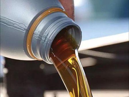 在购买润滑油的时候需要考虑哪些问题?