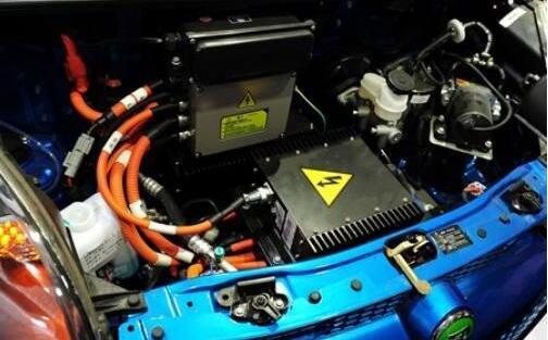 汽车电瓶没电怎样启动?