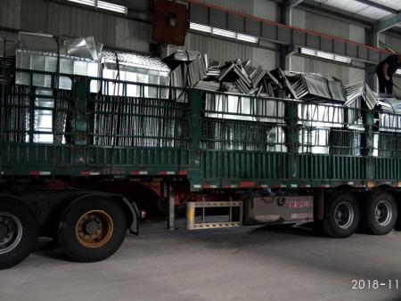 号外!号外!本厂今年发往黑龙江的最后一车风管!再不出发就要封路啦!!