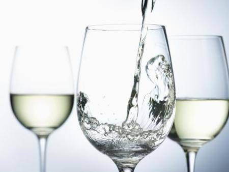 高溫堆積提高濃香型白酒質量