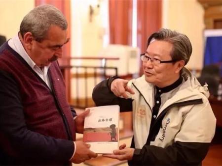 肖云儒:《丝路云谭》入选中宣部2018年对外出版项目