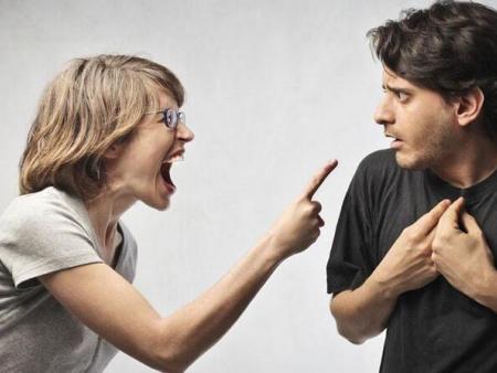 夫妻吵架冷战要怎么打破僵局?
