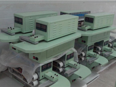 浅述接膜机设备的特点