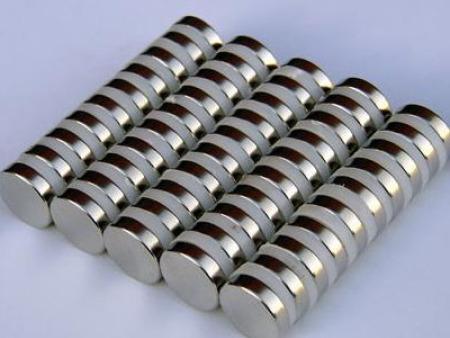 玉鑫磁业一分钟告诉你永 久磁铁的磁性到底能持续多长时间?