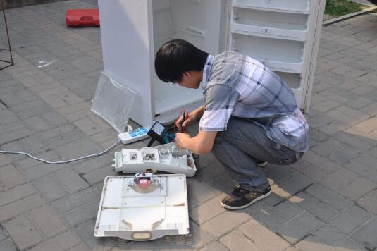 造成空调压缩机不启动的因素有哪些?新乡空调清洗公司带您一探究竟!