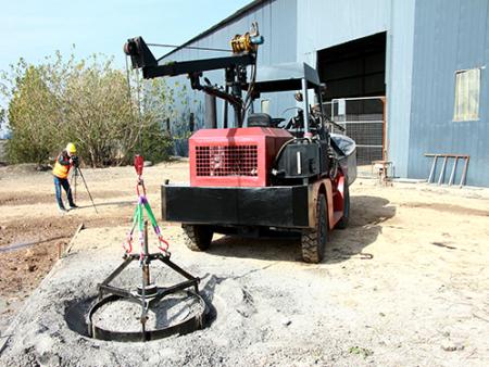 FS-2500水泥撒布机在宁夏大显身手