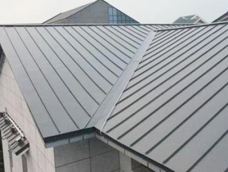 铝镁锰板屋面板的清理方法