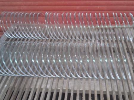 生产高硼硅玻璃时做好隔热处理可以降低热辐射的传递